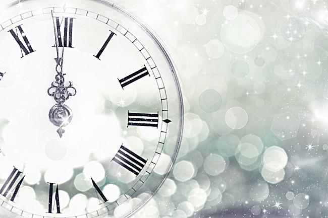 بالصور ساعة خلفية , اشكال مختلفه من ساعات الخلفيات 2781 1