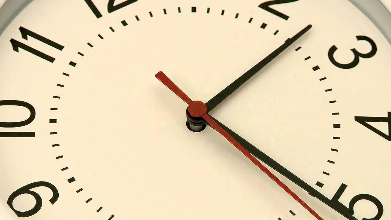 بالصور ساعة خلفية , اشكال مختلفه من ساعات الخلفيات 2781