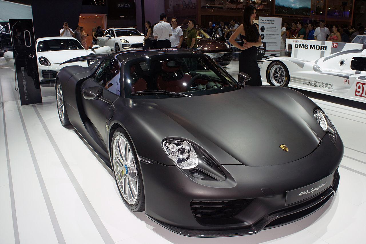 بالصور سيارة فخمه جدا , ارقي السيارات وافخمها 2862 8