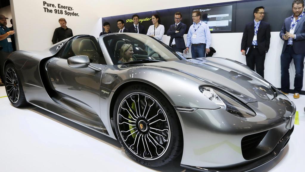 بالصور سيارة فخمه جدا , ارقي السيارات وافخمها 2862 9