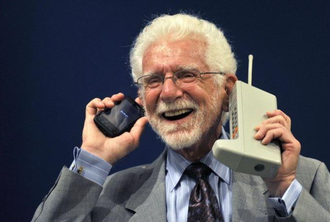 صوره من اخترع الهاتف , صاحب اختراع الهاتف