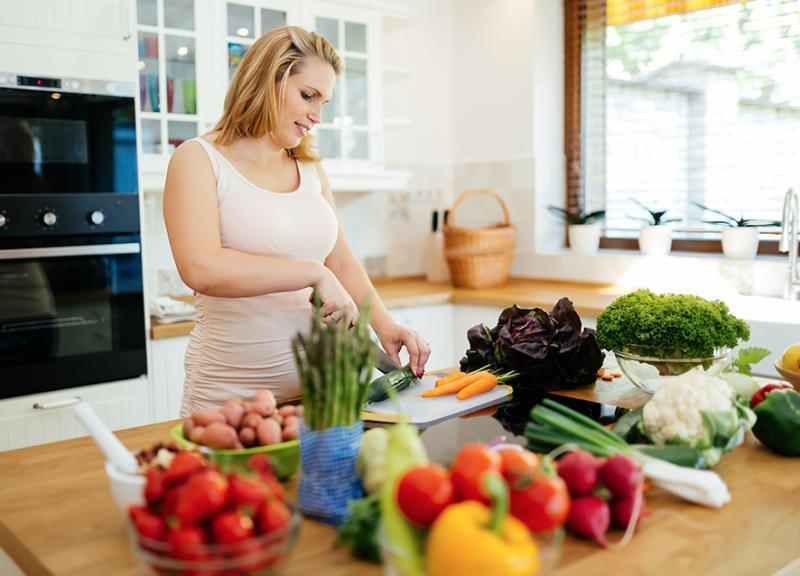 بالصور تغذية الحامل في الشهر الاول , طعام الحامل فى الشهور الاولى 3940