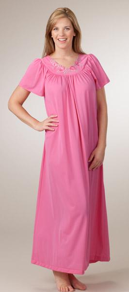 بالصور ملابس نوم , اجمل الصيحات للباس النوم 4332 10