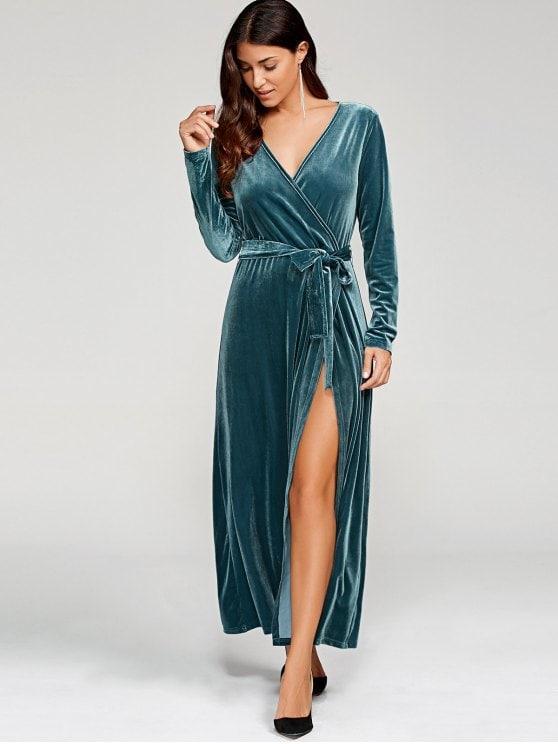 صورة فستان مخمل , اشيك فساتين مخمليه