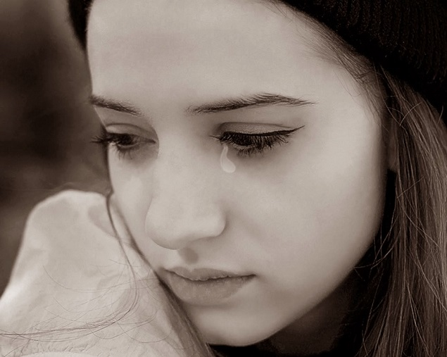 صورة صور دموع حزينه , اجمل صور دموع حزينة
