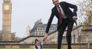 صوره اطول رجل في العالم , هذا الرجل يتحدى العالم بطول قامته