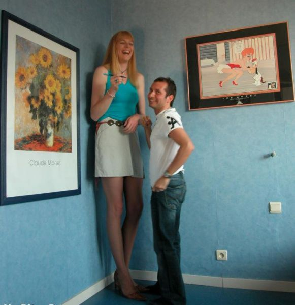 بالصور اطول امراة في العالم , شاهد بالصور اغرب النساء طولا 6548 7