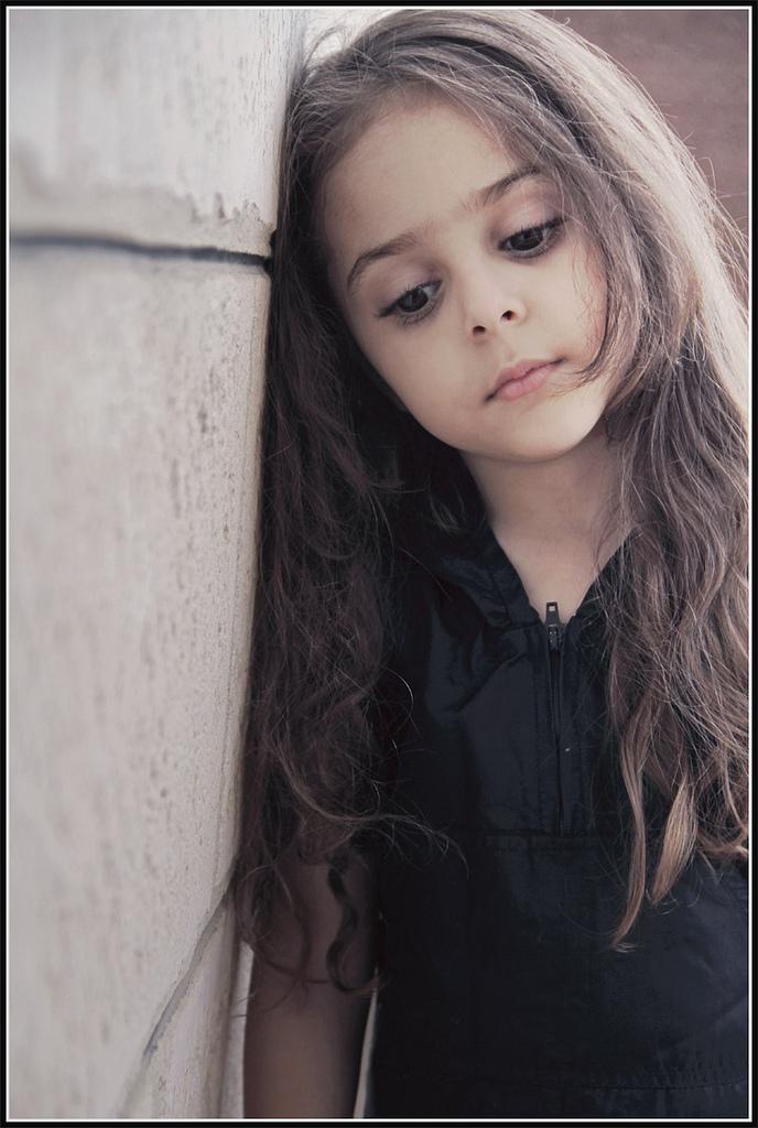 بالصور صور بنت زعلانه , صور حزينه لبنت تبكي 871 10