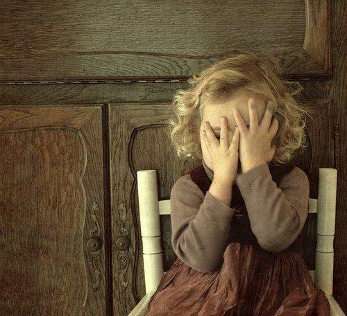 بالصور صور بنت زعلانه , صور حزينه لبنت تبكي 871 2