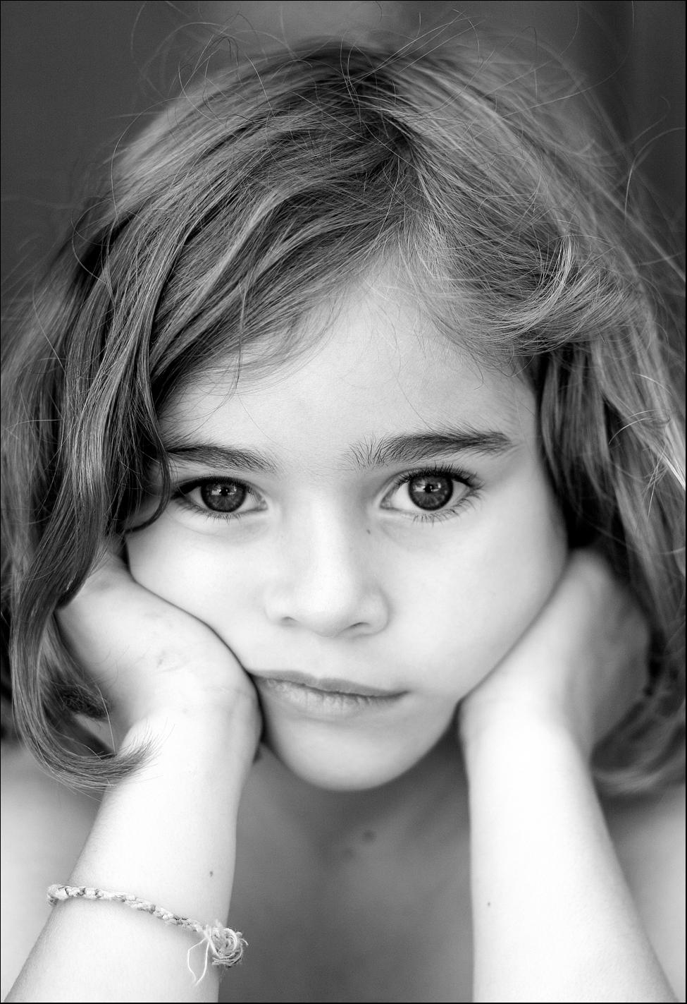 بالصور صور بنت زعلانه , صور حزينه لبنت تبكي 871 7