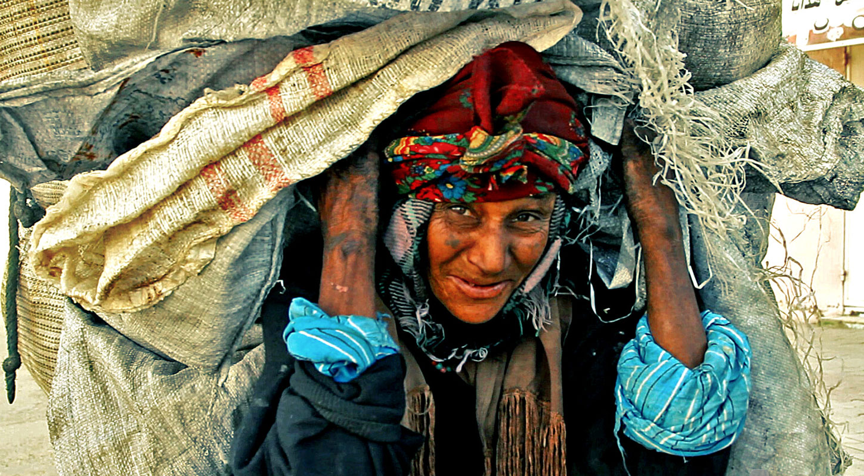 صوره اسباب الفقر , اهم اسباب الفقر و علاجه