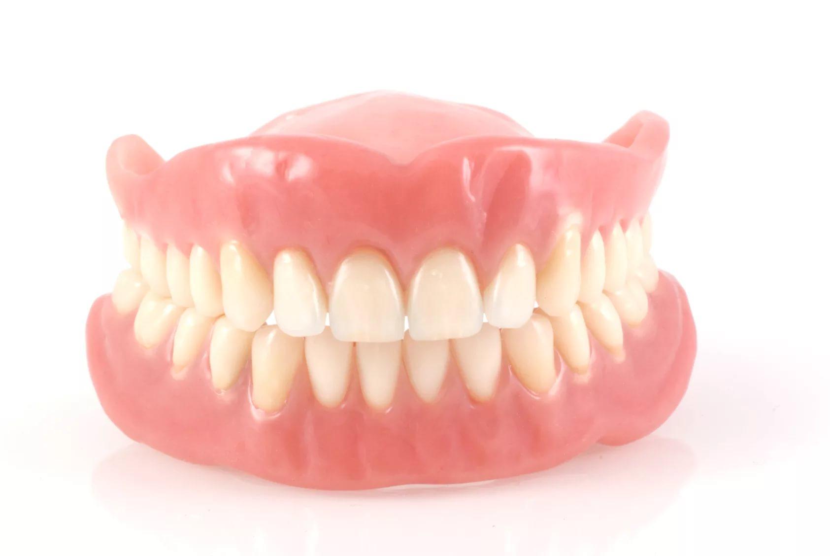 صور طقم اسنان , افضل حل لتساقط الاسنان