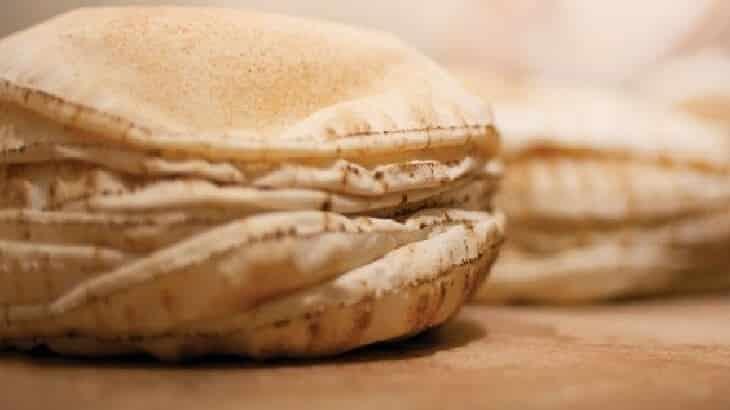 صورة تفسير حلم العيش , رؤية الخبز في المنام