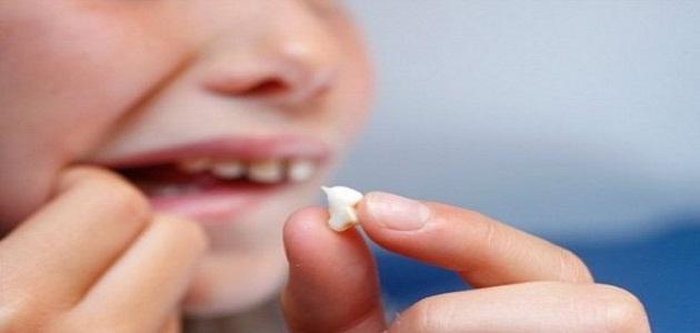 صور تفسير الاحلام عن الاسنان , حلمت ان اسناني تسقط في المنام