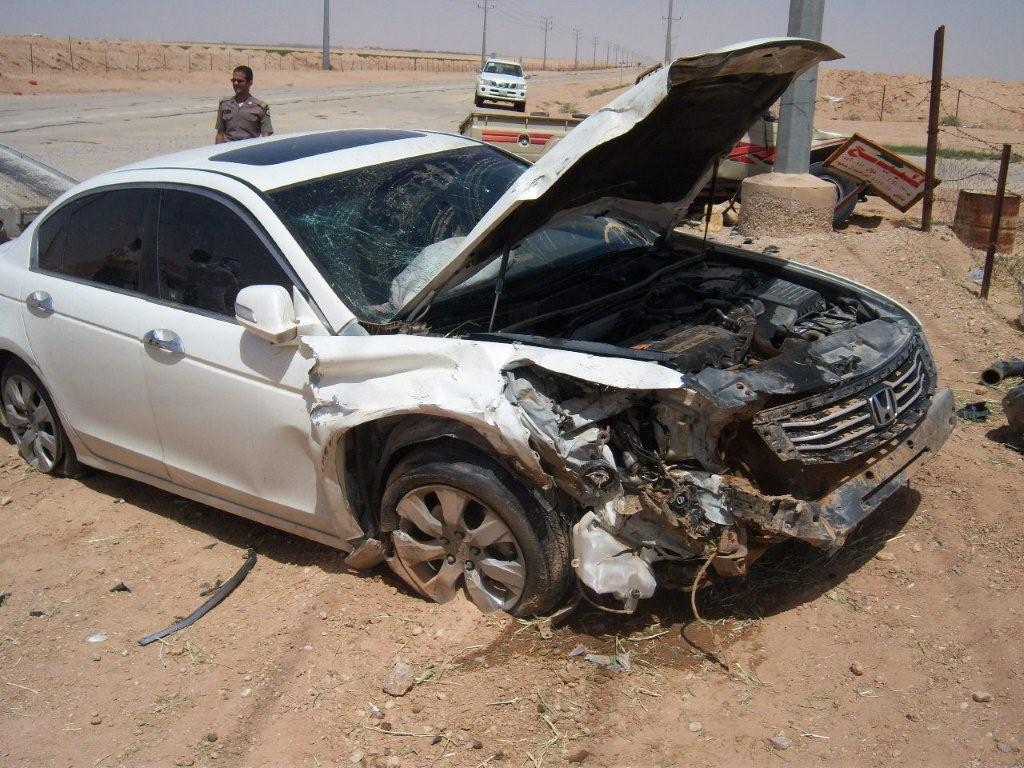 بالصور سيارات مصدومه , صور عربيات في حوادث 1386 2