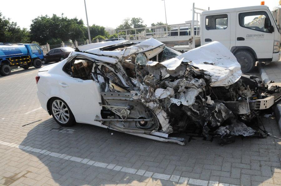 بالصور سيارات مصدومه , صور عربيات في حوادث 1386 9